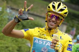 Contadorren positiboa berretsi eta hura zigortzeko eskatu du UCIk