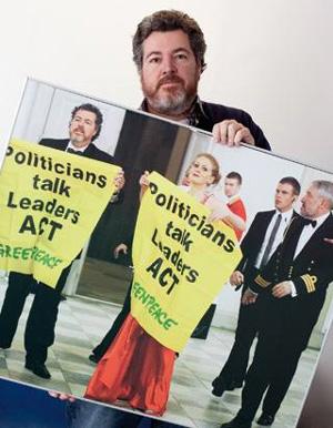Juan Lopez de Uralde Greenpeaceko kidea epaituko dute gaur Kopenhagen