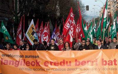 Greba orokorra deitu dute sindikatu abertzaleek martxoaren 29rako Hego Euskal Herrian