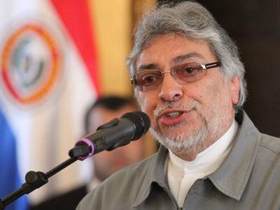 Paraguaiko presidenteak salatu du bere kontrako estatu kolpea eman nahi dutela