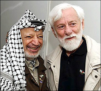 �Sharonek Arafat hiltzeko asmoa zeukala ezaguna zen�