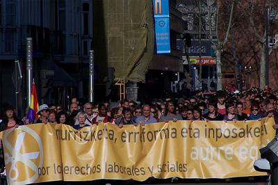 Greba orokorra deitu du gehiengo sindikalak irailaren 26rako, Hego Euskal Herrian