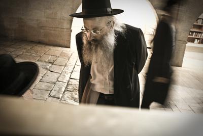 Israelgo judutarrek Estatuaren apartheid politika babesten dute, inkesta baten arabera