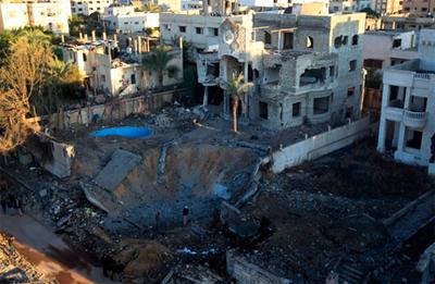 Israelek aire erasoak hasi eta hainbat palestinar hil ditu Gazan