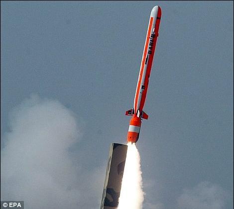 Israelek ez du gardentasunik nahi bere arma nuklearren inguruan
