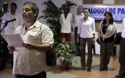 FARCek eta Kolonbiako Gobernuak elkarrizketak berrabiarazi dituzte, akordioa lortzeko bide luzea dagoela jakitun