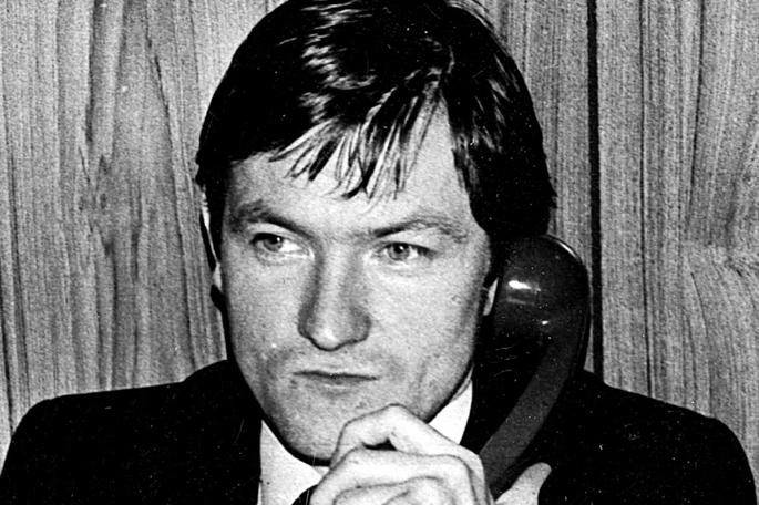 David Cameronek onartu du Pat Finucane abokatu irlandarraren hilketak Estatuaren laguntza jaso zuela