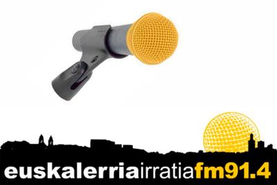 NaBai, Ezkerra, Aralar eta Bilduk euskarazko irrati baten aldeko mozioa aurkeztu dute