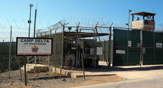 100 preso baino gehiago egon litezke gose greban Guantanamon
