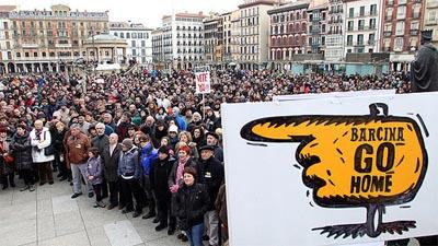 Nafarroako eragile sozialek sistema politikoa aldatu behar dela diote