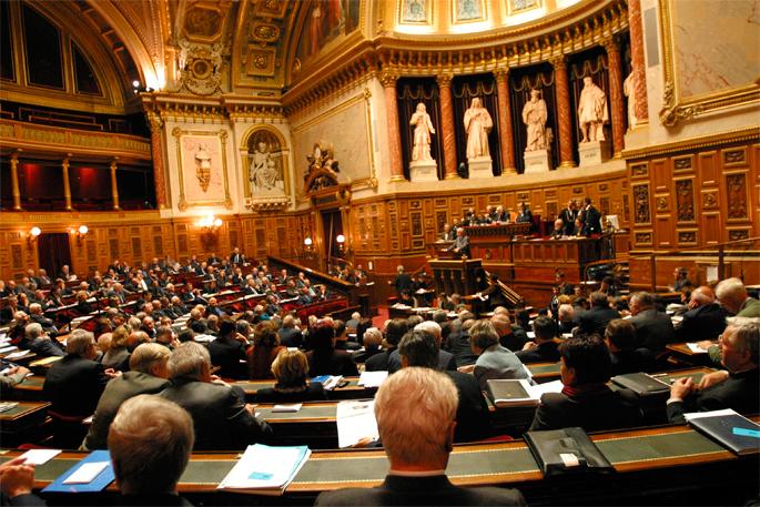 Espagnac-en proposamena onartu du Frantziako Senatuak, Lurralde Elkargoaren ordez