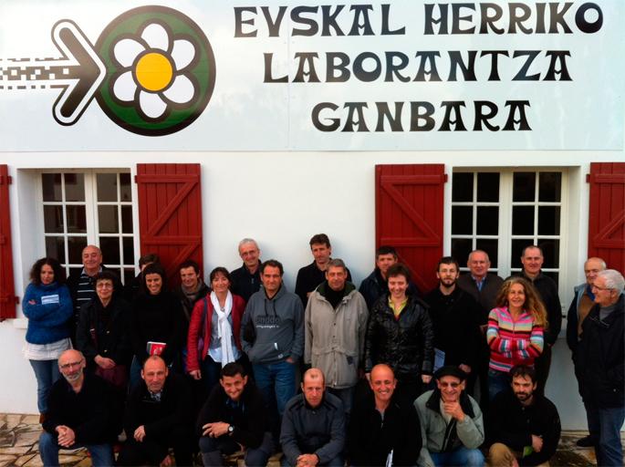Euskal Herriko Laborantza Ganbarak batzarra eta antolakuntza berritu ditu