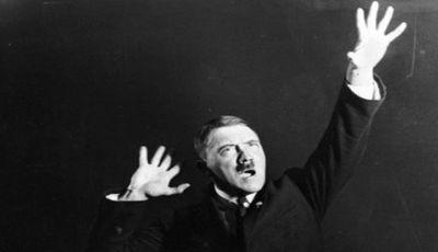 Adolf Hitlerrek erakutsi nahi ez zituen argazkiak