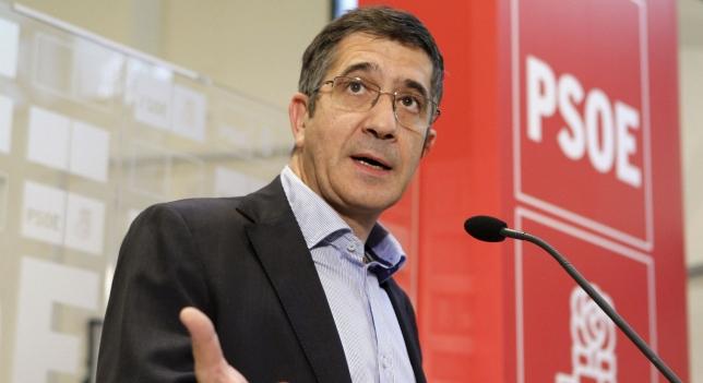 Patxi L�pezen bidaiak eta PSOEren balizko buruzagi aldaketa