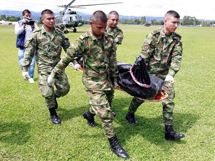 Kolonbiako armadak FARCeko bi buruzagi hil ditu bonbardaketa batean