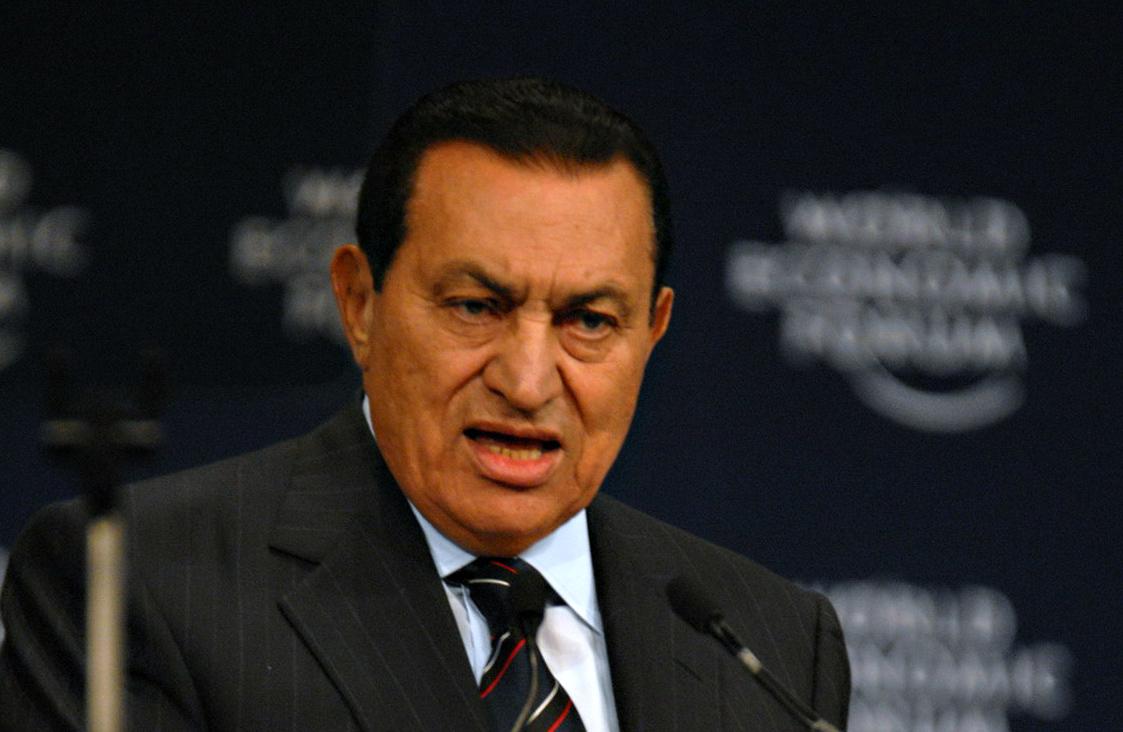 Mubarak mamua eta lapiko astinduen gaueko hotsa