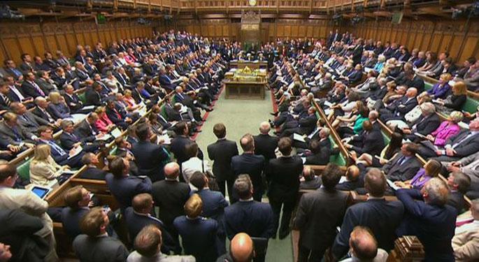 Parlamentu britainiarrak ezezkoa eman dio Siriako interbentzioari