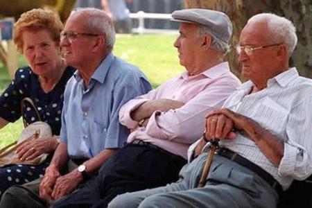 Pentsionisten erosmen ahalmena kolokan Espainiako Estatuan