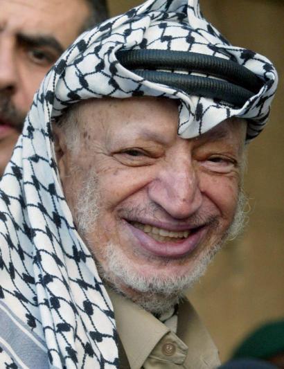 Arafat pozoituta hil zutela diote gorpuaren azterketaren lehen frogek