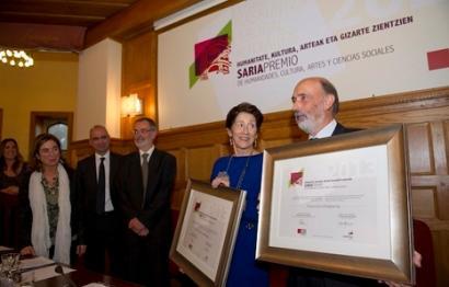 Mari Carmen Gallastegik eta Pako Etxeberriak Eusko Ikaskuntza 2013 saria jaso dute