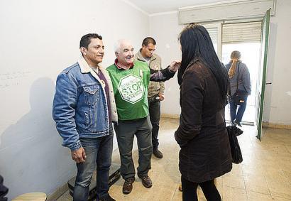 Nafarroako 'etxebizitzaren aldeko legea' bertan behera utzi du Konstituzionalak