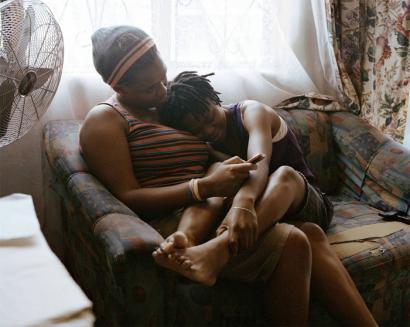 �Bortxaketa zentzagarria�, Hegoafrikako biolentzia lesbofoboaren eskandalua