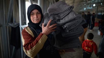 Siriako gerra: krimen matxistak agenda politikotik at