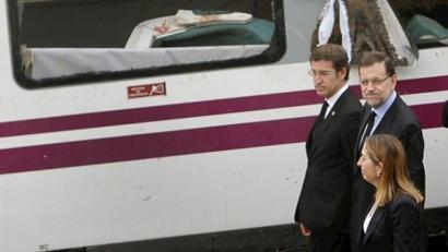 Galiziako tren istripuaren<br>arduradun politikoak ikertzeari uko egin diote PPk eta PSOEk