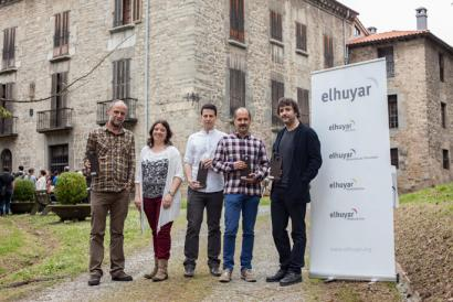Angulari buruzko lanarentzat 2013ko CAF-Elhuyar saria