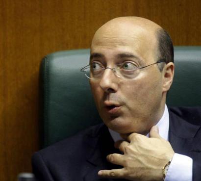 EAJk salatu du Urquijo eta Espainiako Gobernua euskararen aurka ari direla
