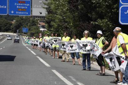 Euskal presoen kondenak luzatzeko doktrina berri bat eratu dute Espainiako epaileek