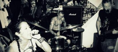 Estatu Batuetako punk latinoek Eskorbuto entzuten dute
