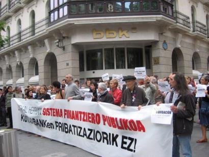 Kutxabanken pribatizazioaz eztabaidarik ez Radio Euskadin, hauteskundeetan