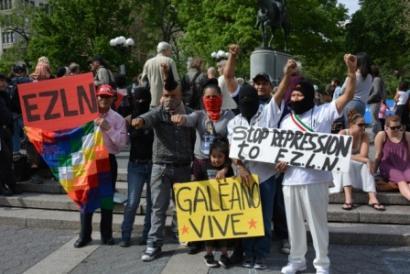 """""""Zapatistak ez daude bakarrik"""" nazioarteko aldarrikapena, irakasle baten hilketaren ondoren"""