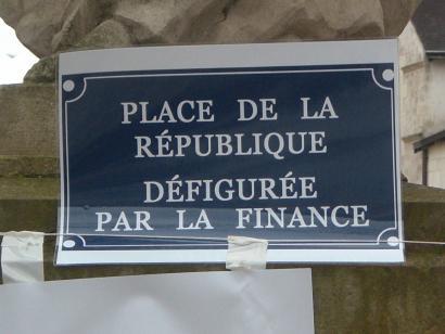 Frantziaren zor publikoaren %59 ez-legezkoa da