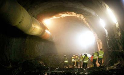 Luizia eta irregulartasun salaketa AHTko tunelik luzeenaren lanetan