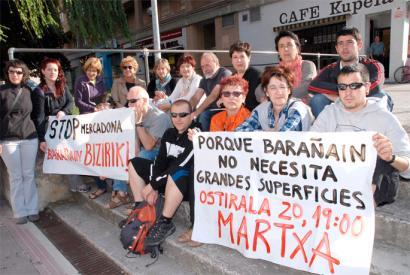Mercadonaren herri ereduaren aurka, manifestazioa Barañainen