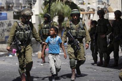 Israelen operazioa aurrera doa: 11 egunetan 471 palestinar atxilotu eta 5 hildako