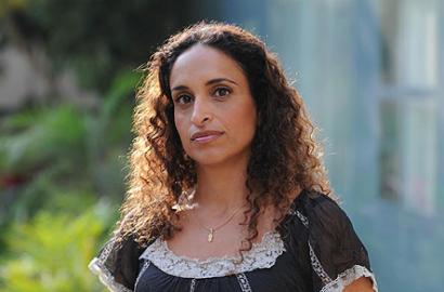 Noa abeslari israeldarrak erantzun egin die Euskal Herriko kulturgileei