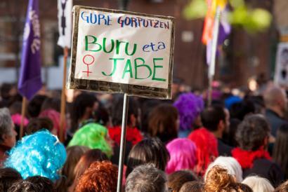 Azken sprinta abortuaren lege erreformaren aurka