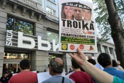 Decisive days for the privatization of Basque public Savings Banks