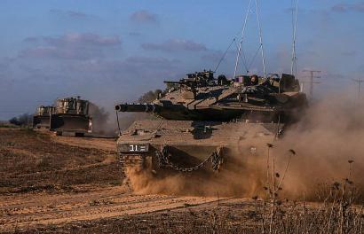 Israelek su-etenari ateak itxi dizkio, Gazari lurrez ere erasoz