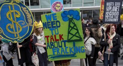 Erresuma Batua fracking-a erabiltzen hasiko da, baita parke naturaletan ere