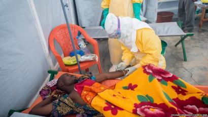 Zer da ebola?