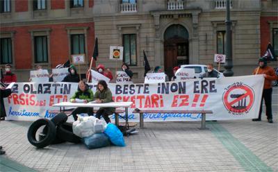 Nafarroako sozialistak errausketaren kontra omen daude� baina biharko