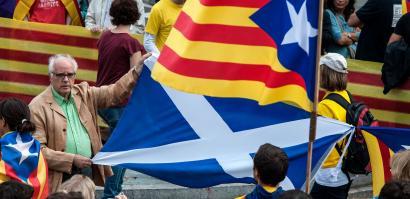 Eskozia eta Kataluniako erreferendumak parekatu al daitezke?