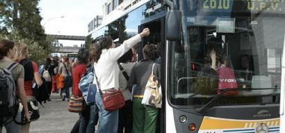 2.000 euro urtero unibertsitatera autobusez joan ahal izateko