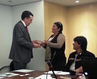 Katalanak Boliviako udalei laguntzen ari zaizkie Atez Atekoa ezartzen