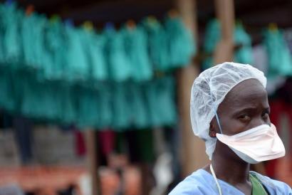 Obamak 3.000 militar bidaliko ditu Mendebaldeko Afrikara ebolari aurre egiteko