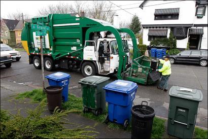AEBetako Seattle hiriak isuna jarriko dio zaborretan organikoa nahasten duenari